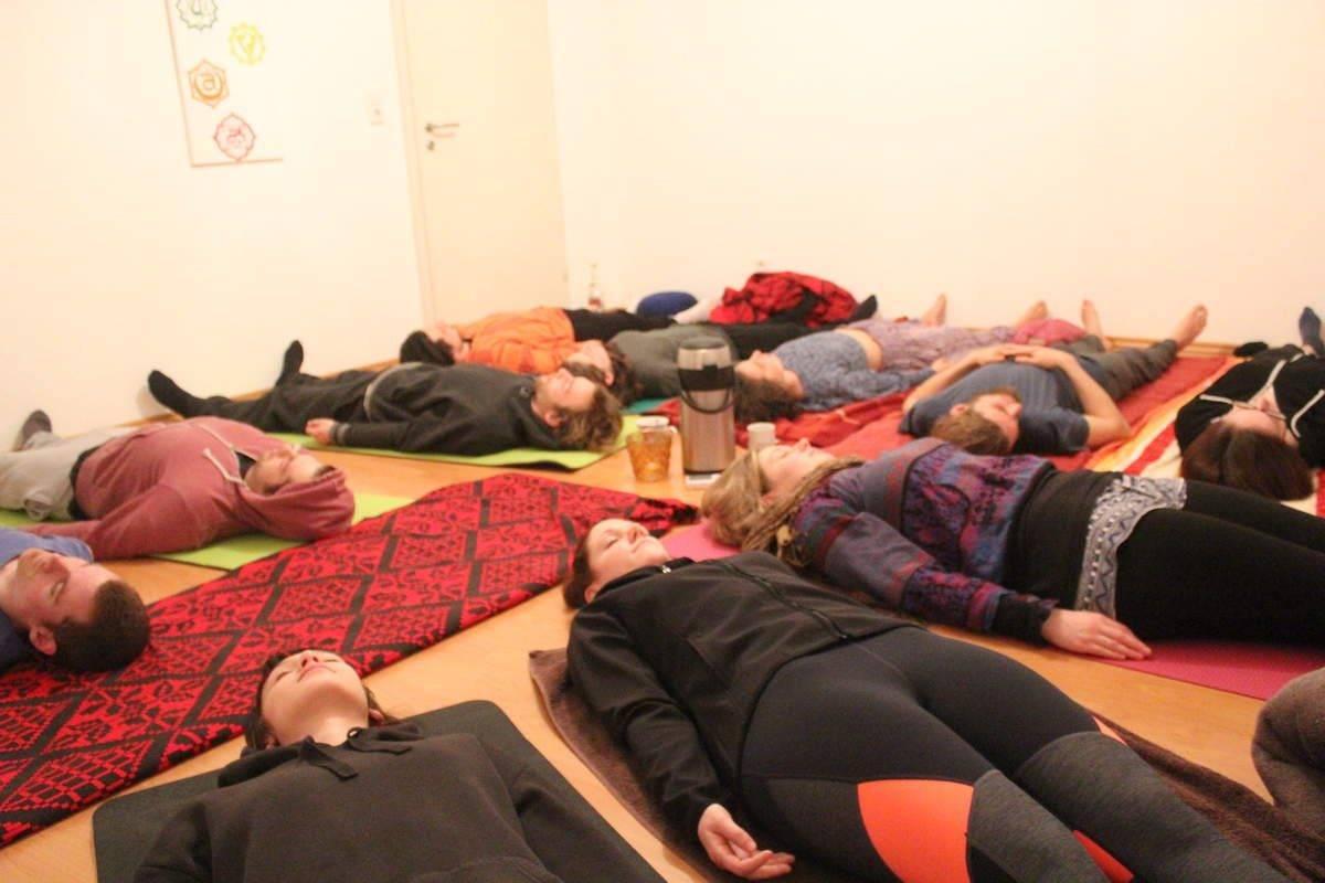Yoga für Rückenbildung und Atemschule