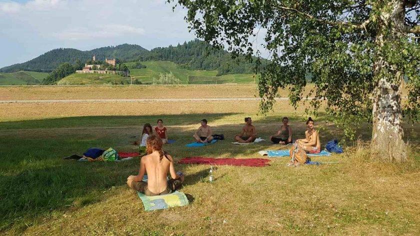 Yoga am Schlossblicksee bei Ortenberg