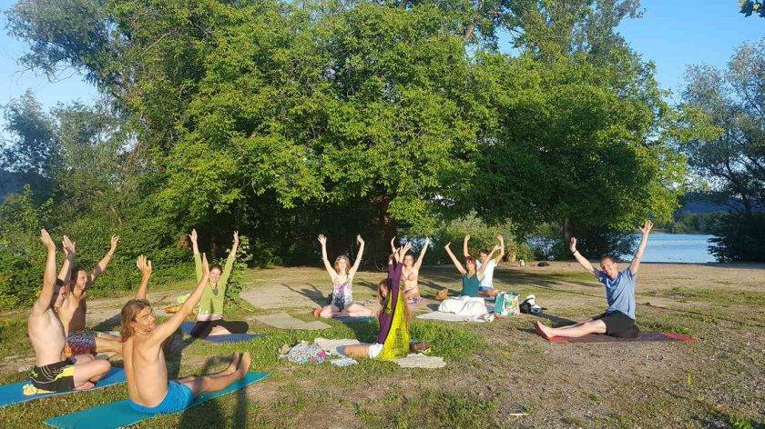 Yoga am Gifizsee