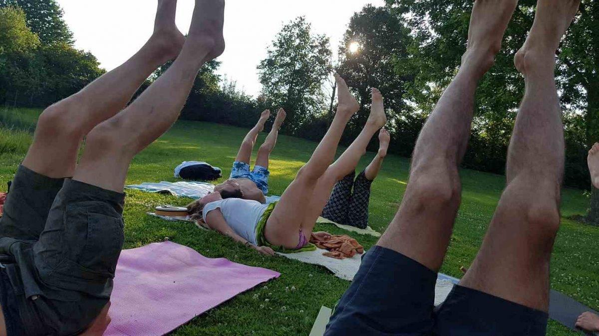 Yoga am Max-Jordan-See bei Urloffen